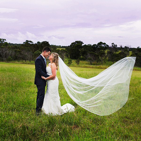 professional wedding photographers brisbane