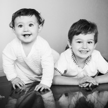 candid-kids-photography-brisbane-family-portrait-photography-brisbane-sarah-streets-studios