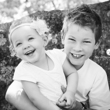 portrait-photography-brisbane-family-photography-brisbane-kids-photography-brisbane-sareah-streets-studios-brother-and-sister-laughing