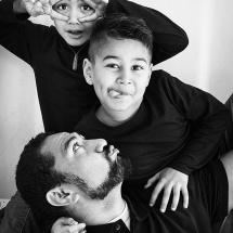 portrait-photography-brisbane-portrait-photographer-brisbane-dad-and-kids-sarah-streets-studios