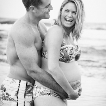 candid pregnancy photography brisbane